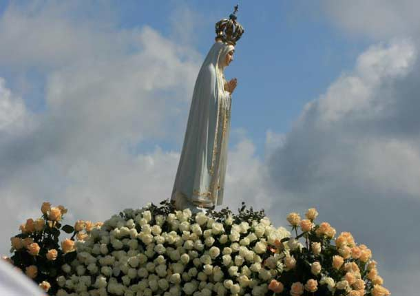 Maria Virgin of Fatima, Mother of Mercy, Queen of Heaven and Earth